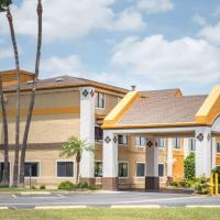 Super 8 by Wyndham Harlingen TX