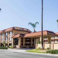 Super 8 by Wyndham Anaheim/Disneyland Drive, hotel en Anaheim
