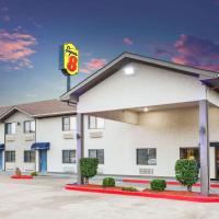 Super 8 by Wyndham Van Buren/Ft. Smith Area, hotel in Van Buren