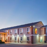 Super 8 by Wyndham Limon, hotel in Limon