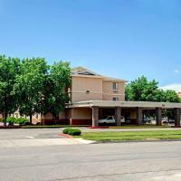 Super 8 by Wyndham Albuquerque West/Coors Blvd, hotel in Albuquerque