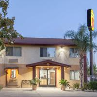Super 8 by Wyndham Selma/Fresno Area, hotel in Selma