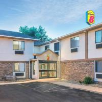 Super 8 by Wyndham Tilton/Lake Winnipesaukee, hotel in Tilton
