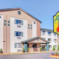 Super 8 by Wyndham Louisville Airport, hotel near Louisville Airport - SDF, Louisville