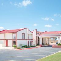 Super 8 by Wyndham Kerrville TX, hotel in Kerrville