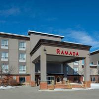 Ramada by Wyndham Cochrane, hotel em Cochrane