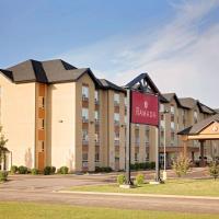 Ramada by Wyndham Cold Lake, hotel em Cold Lake