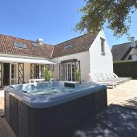Luxury Villa in Sint-Idesbald with Jacuzzi