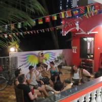 Rainbow Lining Hostels, hotel in Palolem