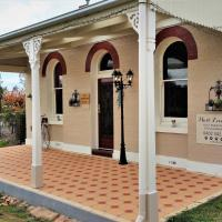 Must Love Dogs B&B & Self Contained Cottage, hotel em Rutherglen