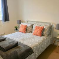 Eastleigh House close to Airport and M3/M27 links, hotel cerca de Aeropuerto de Southampton - SOU, Southampton
