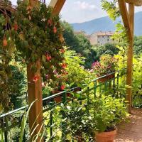 La Casa Rosa di Segusino (UNESCO ZONE), hotell i Segusino