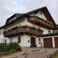 Ferienwohnung Haus Kapellenblick, hotel in Zueschen, Winterberg