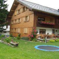 Ferienbauernhof Beer, hotel in Schoppernau