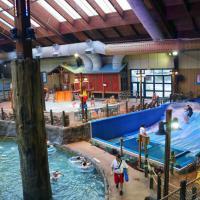 Six Flags Great Escape Lodge & Indoor Waterpark, hotel in Queensbury
