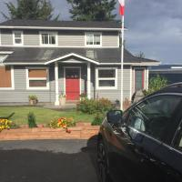 Money Pennies Bed and Breakfast, hotel near Campbell River Airport - YBL, Campbell River