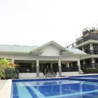 Villa Esmeralda Bryan's Resort Hotel and Restaurant, hotel sa Palayan City