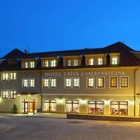 Záviš z Falkenštejna, hotel v Hluboké nad Vltavou