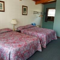 Huron Sands Motel Operated by Manitoulin Wonder Cubs Resort, hotel em Providence Bay