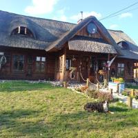 Przytulisko pod Strzechą, hotel en Mędrzechów