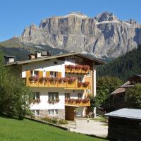 Albergo Majorka, hotel in Canazei