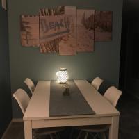 Beautiful apartment in central Leknes, hotel in Leknes