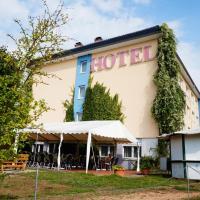 Hotel am Tierpark, отель в Гюстрове