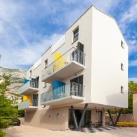 SUBTUB Hostel Makarska