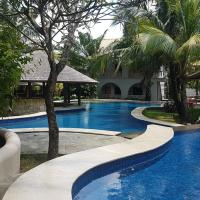 Coconut lodge, hotel in Jepara