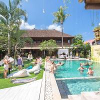Puri Garden Hotel & Hostel, hotel di Ubud