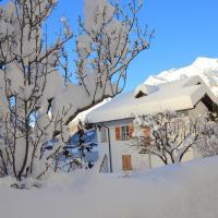 Chalet Cuore delle Alpi, hotel in Airolo