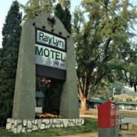 Ray Lyn Motel, hotel em Trail