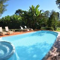 Iguassu Eco Hostel - IguassuEcoHostel - Eco Suítes, hotel near Cataratas del Iguazu International Airport - IGR, Foz do Iguaçu