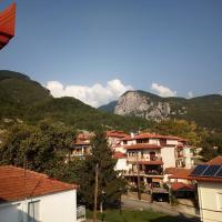 Big apartment next to Olympus mountain