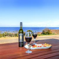 High Tide - Wallaroo Beachfront Property - Pet-Friendly