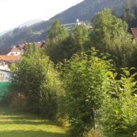 """Ferienwohnung """"Die 14"""", hotel in Steinach am Brenner"""