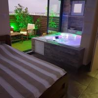 Penthouse in the City, hotel in Ashdod