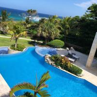 Spectacular Beachfront Villa, hotel a Cabrera