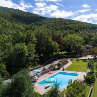 Villa on a hill with private pool, nice view, pizza oven and barbecue, hotel a Castiglion Fiorentino