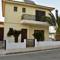 Limni Pool House, hotel in Oroklini