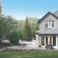 Woodlands Hotel & Pine Lodges, hotel in Grange Over Sands