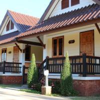 Boon Bunleng Resort, hotel in Sawankhalok