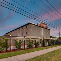 Orangewood Inn and Suites Midtown, отель в Остине