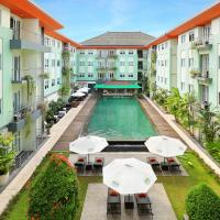 Hotel & Residences Riverview Kuta - Associated HARRIS, хотел в Кута