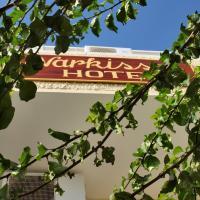 Narkissos Hotel, хотел в Камари