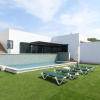 Villa MARI CARMEN