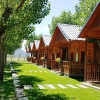 Aiguestortes Camping Resort, hotel in Esterri d'Àneu