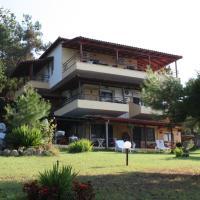 Bambola, hotel in Nea Moudania