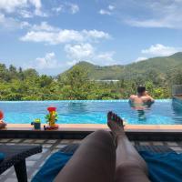 Baan View Talay Pool villas, hotel in Thong Nai Pan Yai