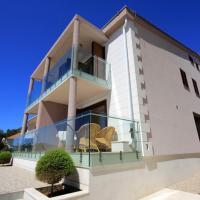 Vila Orada, hotel in Molat